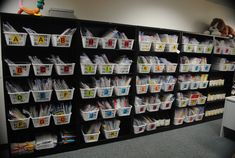 This is our school& guided reading room. See those pretty baskets? This past year, I, along with 2 wonderful Instructional Assistants, re. Reading Library, Reading Room, Reading Tree, Guided Reading Groups, Teaching Reading, Teaching Tips, Library Organization, Library Ideas, Organization Ideas