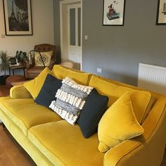 How beautiful is this vibrant velvet? Part of Linwood's Omega Collection, Omega Canary adorns Multiyork's stylish Long Island sofa