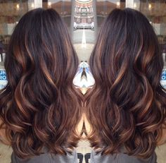 Golden caramel balayage on her dark brown hair . I want to try the balayage method of hair color. Hot Hair Colors, Cool Hair Color, Hair Color Tips, Spring Hair Colors, Hair Color Ideas For Dark Hair, Hair Colors For Blue Eyes, Indian Hair Color, Hair Color For Fair Skin, Latest Hair Color