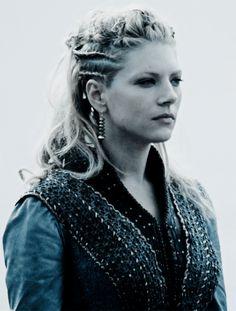 Lagertha Viking Braids, Viking Hair, Katheryn Winnick, Vikings Tv, Ragnar Lothbrok, Brave Women, Girls Braids, Natural Looks, Hair Care