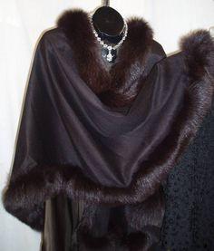 Cashmere Black Cape Fur Cape, Cape Coat, Pancho Outfit, Thai Harem Pants, Fur Coat Fashion, Fabulous Furs, Fashion Project, Future Fashion, Gorgeous Fabrics