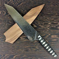 Samurai Chef - K-tip Gyuto - Raindrop Damascus Damascus Blade, Damascus Knife, Best Kitchen Knives, Kitchen Tools, Turn The Lights Off, Forged Steel, Chef Knife, Rain Drops, International Recipes