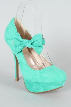 Love! so wish i could where these!! but alas i cannot wear higheels with my disability
