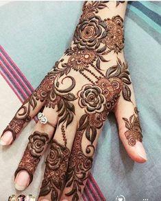 @hennabynoorinatameem #henna #mehndi #whitehenna #wakeupandmakeup #zentangle #boho #monakattan #flowers #hennadesign #tattoo #girlyhenna #art #inspo #hennainspo #hennaart #photooftheday #hennaartist #hennatattoo #naturalhenna #bridalhenna #7enna #doodle #mandala #beauty #love #feather #indianbride #bodyart #mehandi #mehendi