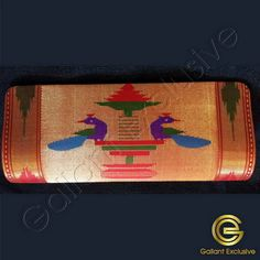 Design : Clutch handbag with two peacock design, small motifs design on back. Purses Online, Peacock Design, Motif Design, Pure Products, Blue, Painting, Color, Art, Art Background
