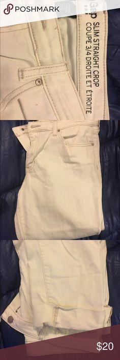Gap crop pants Gap white slim leg crop pants GAP Pants Straight Leg