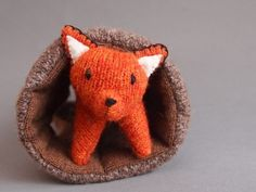 Super cute felted fox toy.   And I love foxes so this is probably one of the best things that I have found recently. Now if only I had time to knit one.