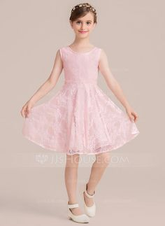 b5f24a18f264f A-Line/Princess Scoop Neck Knee-Length Lace Junior Bridesmaid Dress With Bow
