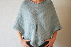 Luft under vingerne: Poncho - DIY Fear Of Flying, Knitted Poncho, Knitting For Beginners, Crochet, Shirt Dress, My Style, Pattern, Outfits, Dresses
