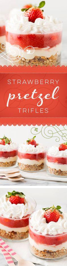 These little strawberry trifle desserts look amazing! Can't wait to make this fresh fruit recipe! These little strawberry trifle desserts look amazing! Can't wait to make this fresh fruit recipe! Dessert Oreo, Köstliche Desserts, Delicious Desserts, Yummy Food, Plated Desserts, Dessert Trifles, Strawberry Trifle, Strawberry Pretzel, Strawberry Desserts