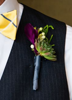 Groom's boutonniere with bright flowers and succulents for a modern boho wedding Boutonnieres, Boutonniere Pins, Succulent Boutonniere, Purple Boutonniere, Wedding Boutonniere, Wedding Groom, Our Wedding, Dream Wedding, Gothic Wedding