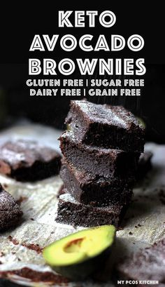 These sugar free keto brownies are the ultimate chocolate lover's dream! These low carb brownies are SO creamy thanks to the avocado and are completely gluten free, grain free, sugar free and dairy free! brownies Keto Brownies with Avocado Keto Brownies, Dairy Free Brownies, Keto Desserts, Sugar Free Desserts, Sugar Free Recipes Dinner, Stevia Desserts, Sugar Free Snacks, Dairy Free Recipes, Low Carb Recipes