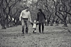 love this for family pictures - Yasmin Khajavi Photos, portland photographer