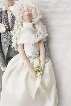 Retrato personalizado de muñeca Tilda boda por theHandmadeKingdom