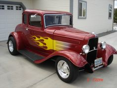 American Graffiti 32 Ford   1932 Ford Deuce Coupe American Graffiti Revell 1 25 Diecast Car