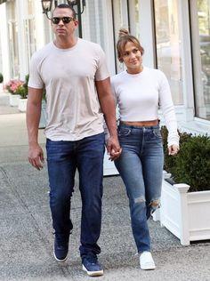Jennifer Lopez Hired Private Investigator to Tail Alex Rodriguez Jennifer Lopez Outfits, Jennifer Lopez Jeans, Celebrity Dresses, Celebrity Style, J Lo Fashion, Chic Outfits, Fashion Outfits, Alex Rodriguez, Online Dress Shopping