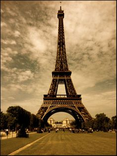 Paris....one of my favourite cities in Europe!!