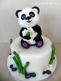 Panda cake - Cake by Victoria - Lacy O. Panda Bear Cake, Bolo Panda, Panda Cakes, Bear Cakes, Beautiful Cakes, Amazing Cakes, Fondant Cakes, Cupcake Cakes, Panda Birthday Cake