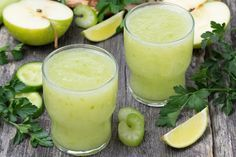 This Celery Juice Contains Over 20 Anti-Inflammatory Compounds and Fights Stress!