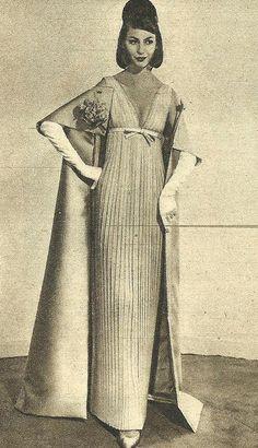 Model by:Nina Ricci.Brazilian Magazine:O Cruzeiro,April 1960.