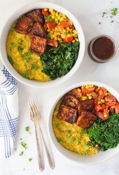 Vegan BBQ Summer Bowls with crispy baked BBQ tofu! So easy to make and the PERFECT wholesome dinner. This recipe is great for meal prepping too! Simply prepare all the ingredients and assemble bowls when ready to eat! Tofu Dinner Recipes, Best Tofu Recipes, Polenta Recipes, Vegetarian Recipes, Healthy Recipes, Tofu Chicken, Bbq Tofu, Grilled Tofu, Baked Tofu