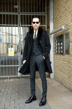 If I could grow a better beard I would wear it like Justin O'Shea. He does the contemporised gangs of new york look quite well.