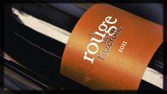 Château Mirausse, Le Rouge de l'Azerolle, 2011, Minervois AOP    Voilà un vin bonhomme et généreux, à boire sans façon, sur un plateau de charcuteries et de fromages. Un nez de cerise et de réglisse, une bouche ronde et gourmande pour une douce soirée printanière…