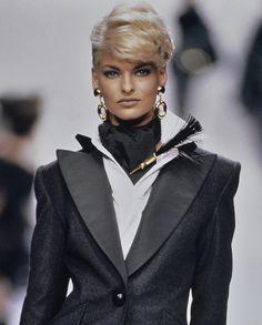 Linda Evangelista au défilé Dior printemps-été 1991