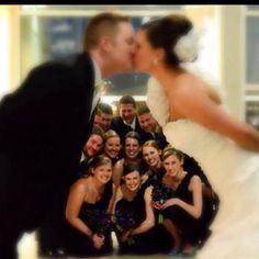 Beautiful wedding picture and a fun idea!