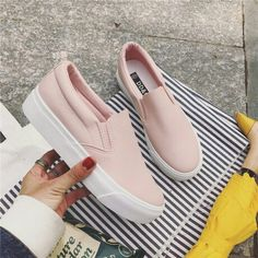 Best Women S Luxury Shoes Product Cute Sneakers, Girls Sneakers, Girls Shoes, Sneakers Fashion, Fashion Shoes, Shoes Sneakers, Fancy Shoes, Pretty Shoes, Cute Shoes