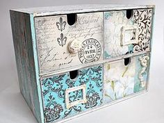 Site of the decoupage fans DCPG. Decoupage Furniture, Decoupage Box, Decoupage Vintage, Paint Furniture, Furniture Makeover, Bibliotheque Design, Shabby, Altered Boxes, Vintage Box