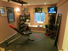 Don't forget to watch all 18 photographs under Cozy Home Gym Design Ideas gallery after the jump to see more inspirations.