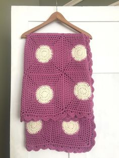 Lace Polka Dot Round Squares Afghan