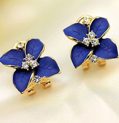 Image of Unique Lily Flowers Earrings&Stud With Rhinestone