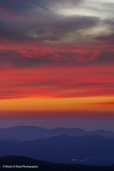 THIS... Is why I LOVE MY NC MOUNTAINS!!!! Blue Ridge Mountains, North Carolina