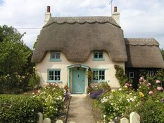(dreaming of a home to call our own) Rose Cottage, Honington, England. This is just beautiful… one day I'll be able to afford a cottage. Fairytale Cottage, Garden Cottage, Rose Cottage, Cottage Style, Romantic Cottage, Storybook Homes, Storybook Cottage, Little Cottages, Cabins And Cottages