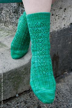 Ravelry: Cays pattern by Rachel Coopey  April 2013 #knit
