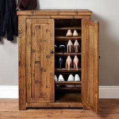Rough+Sawn+Oak+Shoe+Cupboard+-+Heyford