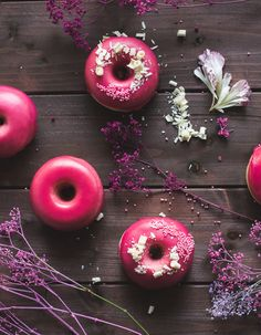 rezept f r fluffige vanille brioche donuts aus dem backofen rezepte pinterest backen. Black Bedroom Furniture Sets. Home Design Ideas