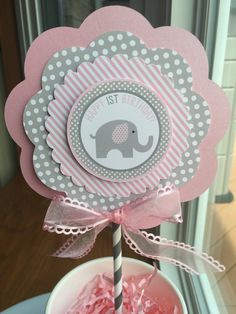 Trendy Baby Shower Ideas For Girs Cake Diy Party Favors Baby Shower Cupcakes, Baby Shower Favors, Baby Shower Parties, Baby Shower Themes, Baby Shower Gifts, Shower Ideas, Elephant Party, Elephant Baby Showers, Elephant Theme