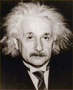 """It's not that I'm so smart, it's just that I stay with problems longer."" Albert Einstein « Inspire Your Living"