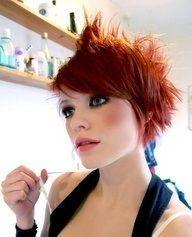 Image result for capelli rossi corti
