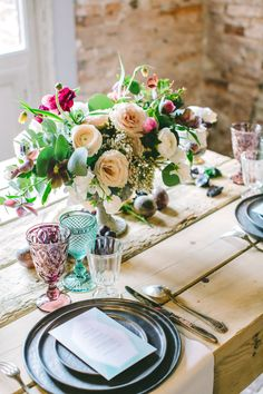 Jewel Tone Wedding Table | photography by http://www.lesamisphoto.com