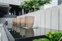 Each pot of Atelier Vierkant is unique and tells a different story. A story made of inspiration and transpiration. Modern Water Feature, Outdoor Water Features, Pool Water Features, Backyard Water Feature, Landscape Stairs, Landscape Architecture, Landscape Design, Pond Design, Modern Garden Design