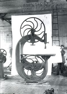 Beautiful Old Bandsaw