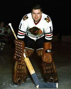 Gerry Desjardins with the Chicago Black Hawks, late or early Blackhawks Hockey, Hockey Goalie, Hockey Games, Chicago Blackhawks, Ice Hockey, History Of Hockey, Hockey Shot, Hockey Pictures, Goalie Mask