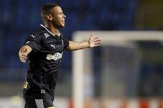 BotafogoDePrimeira: Inspirado por gol do meio do campo, Fernandes busc...
