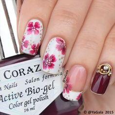 Decoración de uñas con flores - Nails with flowers
