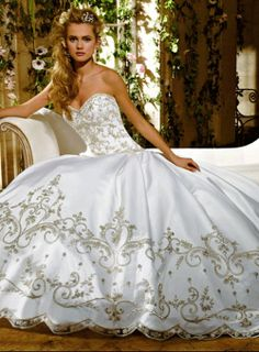 Eve of milady E19, this is my princess wedding gown..... I've been looking at dress for like three years now :)