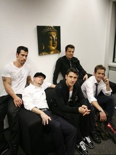 New Kids On the Block-age looks good on all of them, especially Donnie & Joey!!! Yum!
